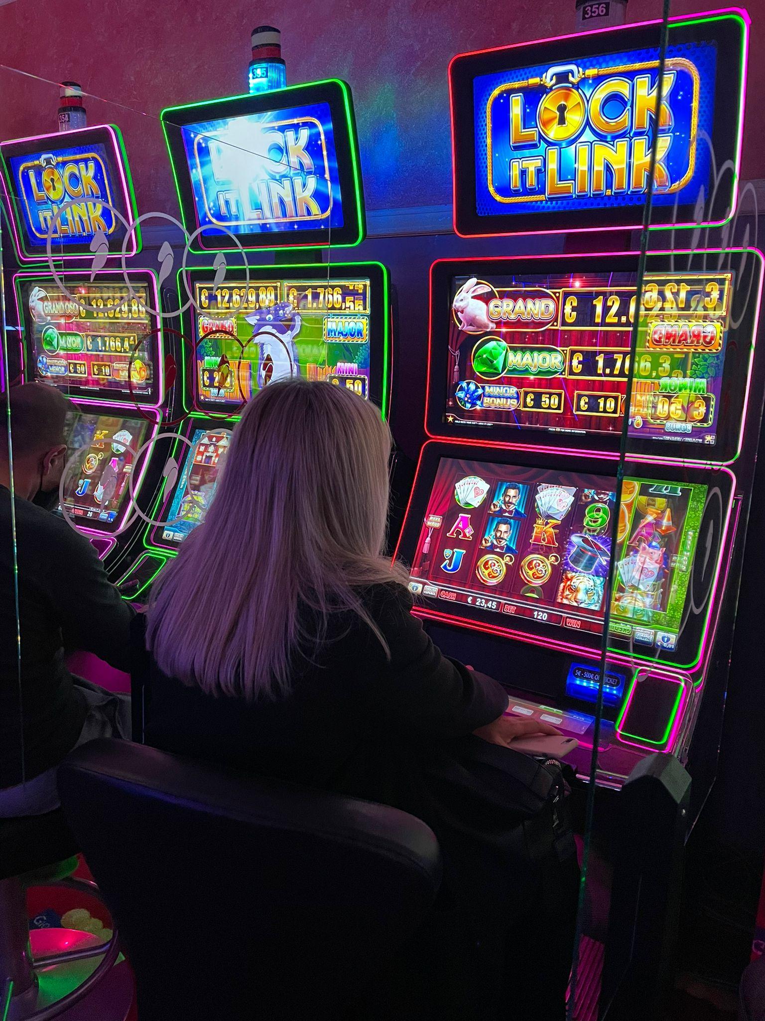 San Marino casino del Titano slot giocatori